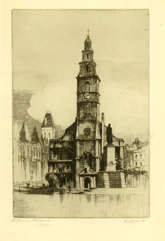 St. Clements Danes, Strand